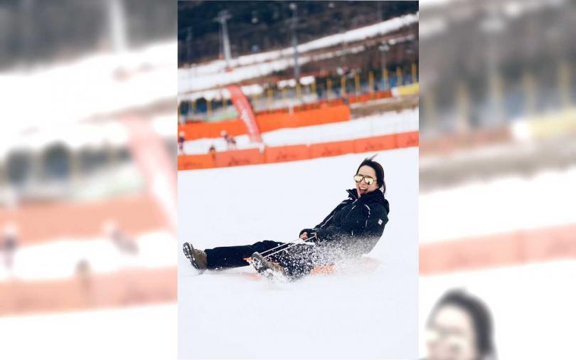 天心與老公重回韓國滑雪場, 重溫第一次約會。(圖/果陀劇場)