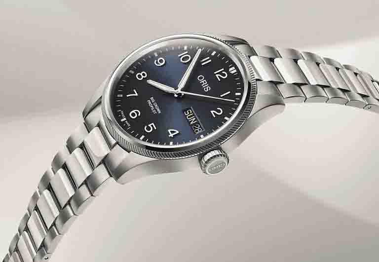 ORIS「Big Crown ProPilot飛行系列」經典大日曆星期男錶╱44mm,不鏽鋼錶殼╱60,000元。(圖╱ORIS提供)