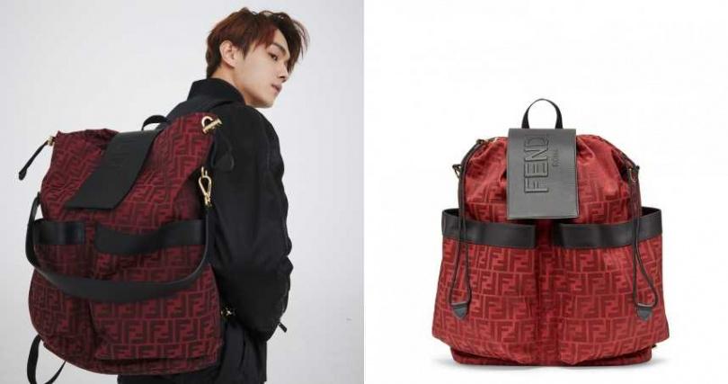許凱以休閒的黑灰色調搭配上紅黑配色的後背包,顯得年輕又時髦。FENDI CNY新春系列 FF LOGO後背包/74,000元。(圖/品牌提供)