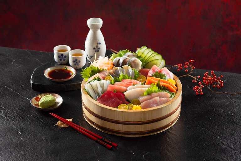 老饕最愛的日料區,生魚片種類也澎湃升級,每餐都有十款選項。