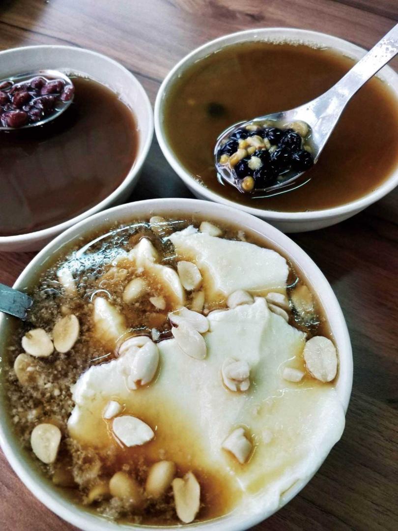 以高級食材製作的手工豆花,香氣與口感都與眾不同。(35元)(圖/高靜玉攝)