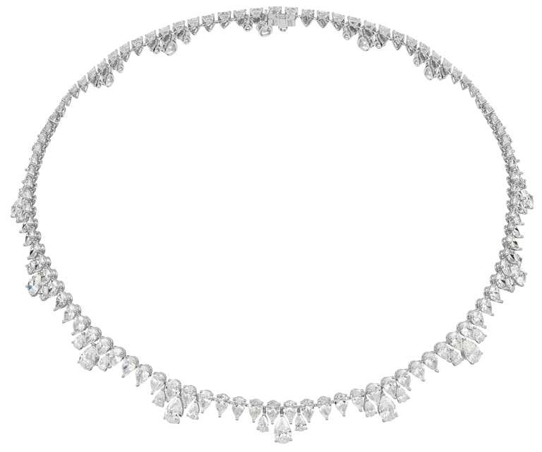 Chopard「Green Carpet」系列頂級訂製項鍊,18K道德金白金項鍊,鑲嵌總重43克拉梨形鑽石。(圖╱Chopard提供)