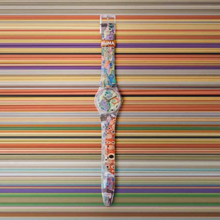 swatch x MoMA特別版腕錶,古斯塔夫克林姆《希望II》╱2,500元。(圖╱swatch提供)
