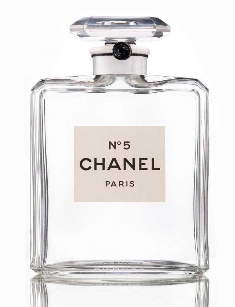 CHANEL「N°5」香水的問世,無疑是一場時代性的革命。(圖╱CHANEL提供)