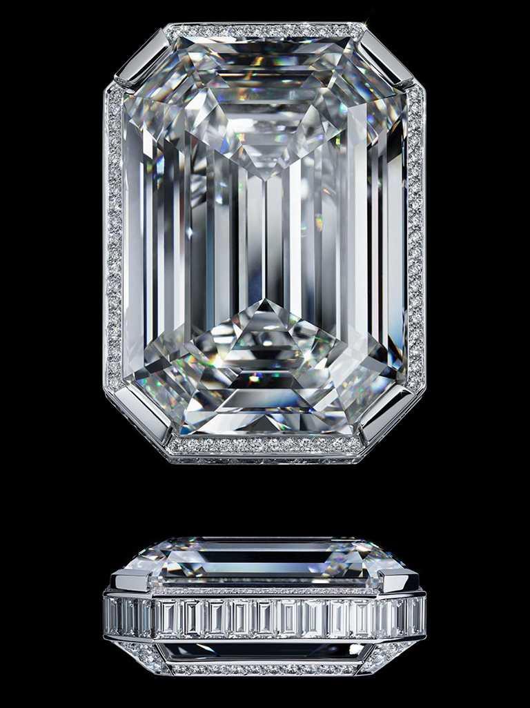 CHANEL「N°5」系列頂級珠寶,55.55白金鑽石項鍊, D色無瑕(D Flawless)的55.55克拉八角形祖母綠主鑽╱價格店洽。(圖╱CHANEL提供)