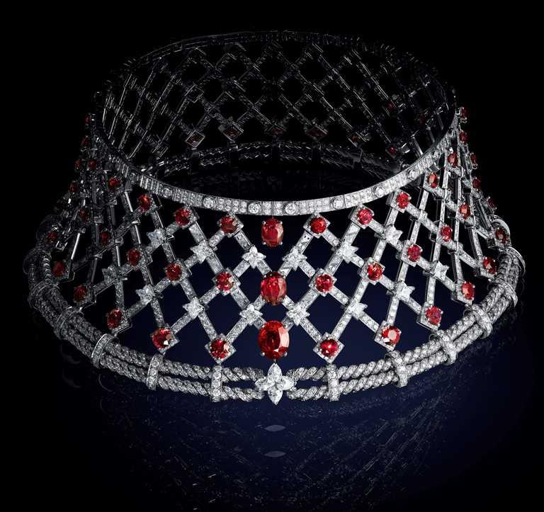 LOUIS VUITTON「Bravery」系列高級珠寶,「La Passion」項鍊。(圖╱LOUIS VUITTON提供)