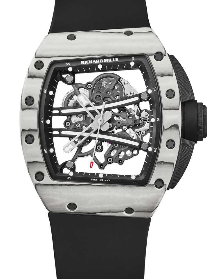 RICHARD MILLE「RM 61-01腕錶」Yohan Blake終極版╱45.6mm,Quartz TPT石英纖維、Carbon TPT碳纖維錶殼╱6,860,000元。(圖╱RICHARD MILLE提供)