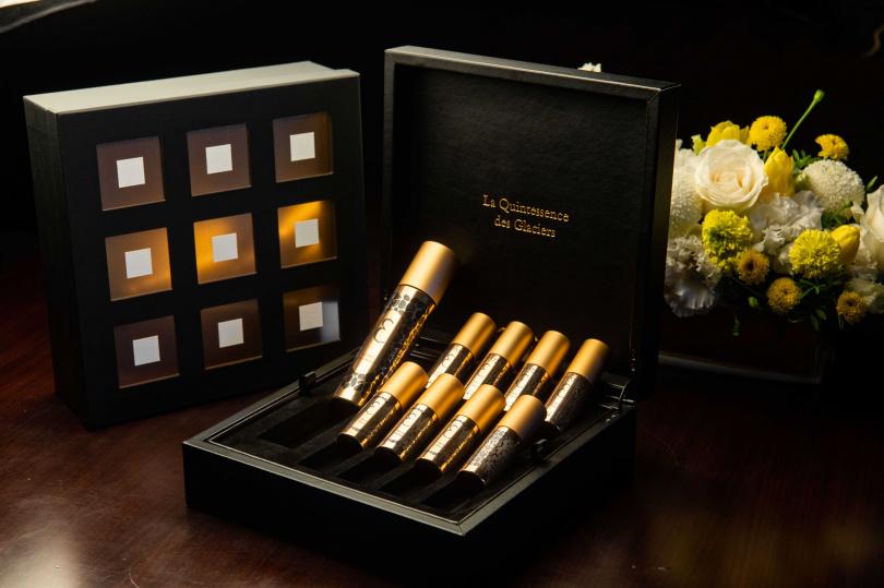 VALMONT屹麗鎏金御蜂聚效安瓶,全球僅獻500套。Valmont 屹麗鎏金御蜂聚效安瓶 128,000元 / 套
