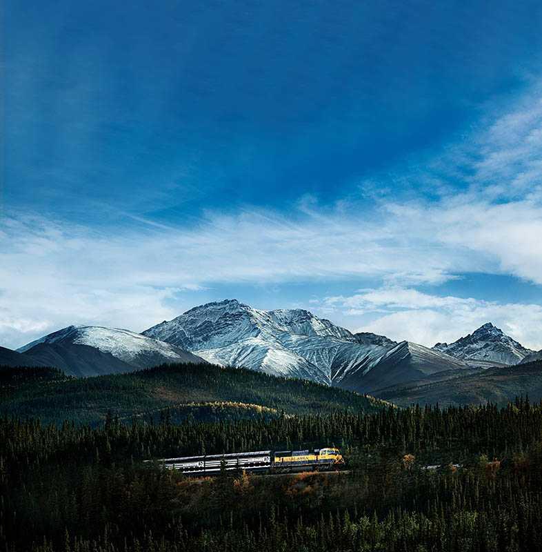 遊輪旅客專屬的景觀列車,縱貫阿拉斯加的大地。(圖/公主遊輪提供)