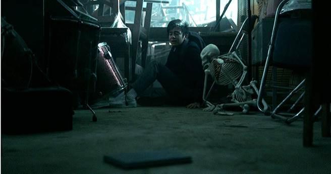 《鬼學怨》將許多校園靈異故事融合在電影中。(圖/威視提供)