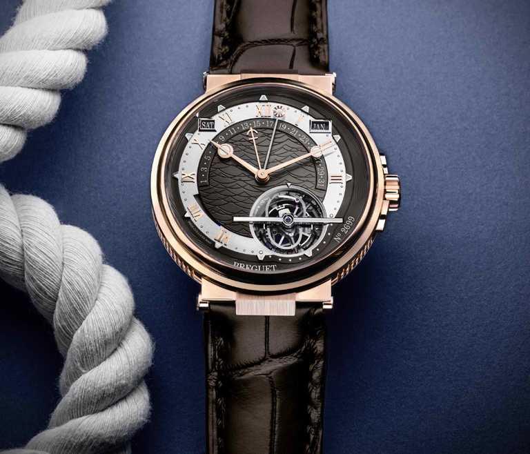 BREGUET「Marine Tourbillon Equation Marchante 5887航海系列」陀飛輪萬年曆時間等式腕錶,18K玫瑰金錶殼╱6,936,000元。(圖╱BREGUET提供)