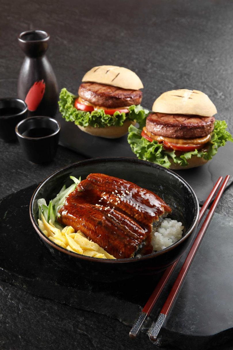 美國和牛漢堡和蒲燒鰻魚丼。(圖片提供/50樓Café)