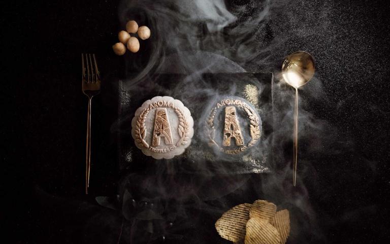 超奢華中秋月餅!黑松露、鮑魚、燕窩入餡 送禮好氣派