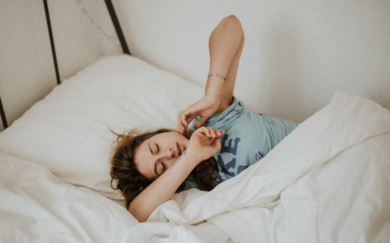難睡嗎?來試試一分鐘內快速入眠的「4-7-8呼吸法」!