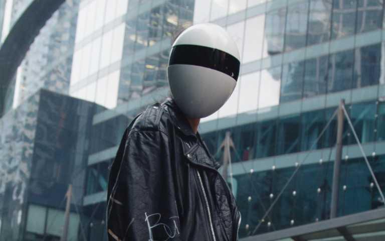 鹹蛋超人登場!BLANC全臉面罩阻擋病毒,雖然恥度破表但有用!