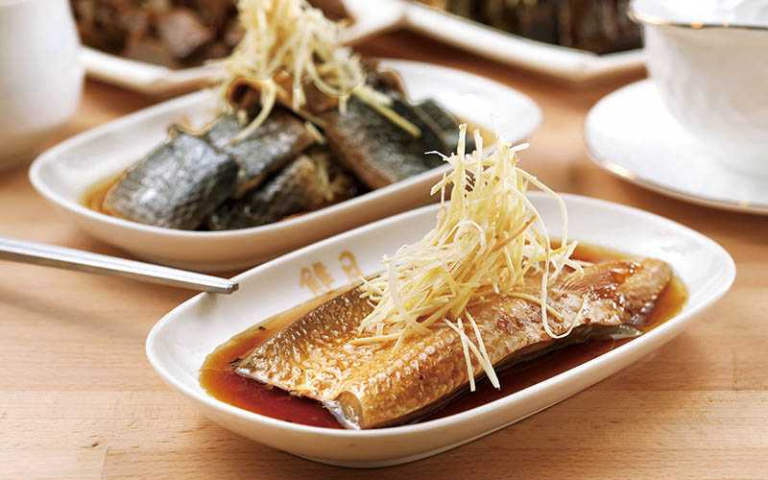 【百變虱目魚1】雙月食品社 紅燒魚肚脂香四溢