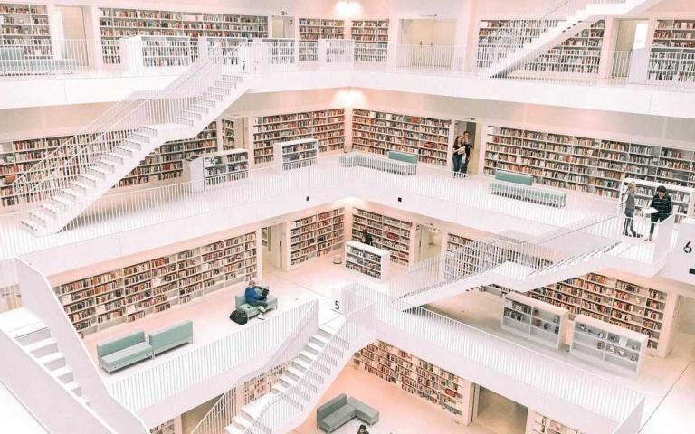 《全面啟動》真實重現?德國斯圖加特世界最美圖書館