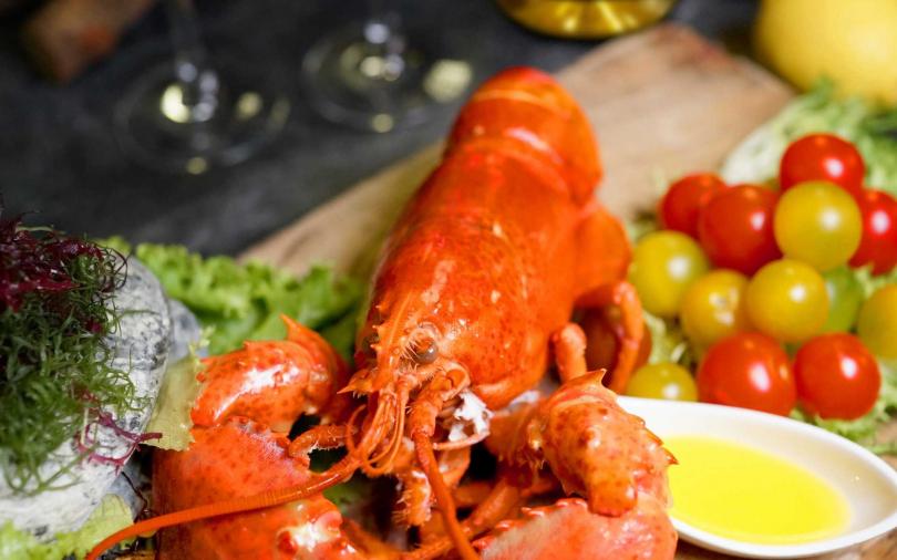 海鮮控快衝!飯店自助餐廳推出加拿大活龍蝦饗宴VS.蝦饗宴 鮮美的老饕級美味