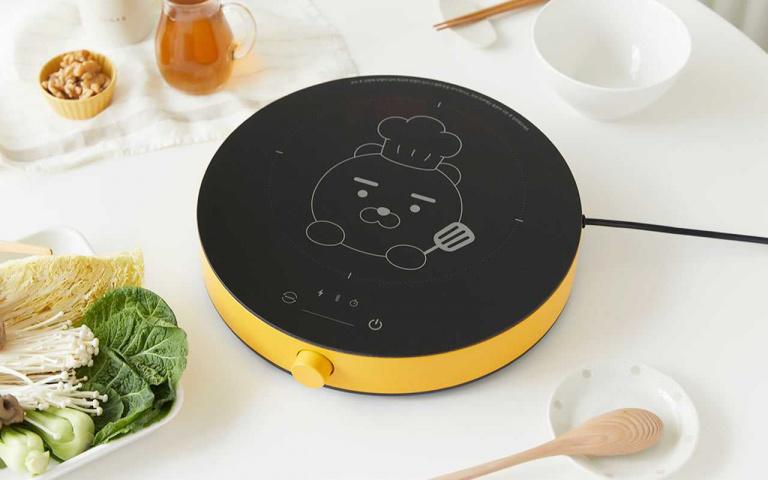 萊恩控瘋掉!KAKAO FRIENDS「萊恩電磁爐」超萌亮相,實用又療癒一定要擁有!