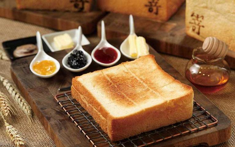 【紅牌吐司1】嵜 SAKImoto bakery 十五種果醬任君挑選