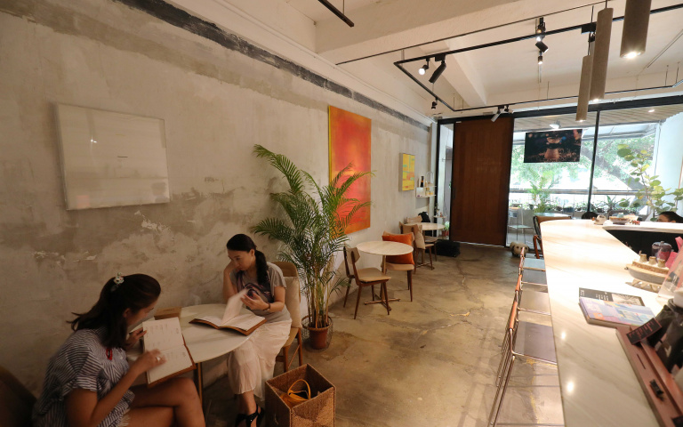 暫離都市喧囂 藝廊咖啡館4/打造特色咖啡 INFINITY .Yes Lounge