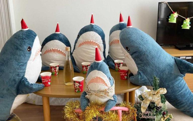 誰說玩偶就沒有生命?超狂「鯊鯊家族」出動啦!人類會的我們也可以