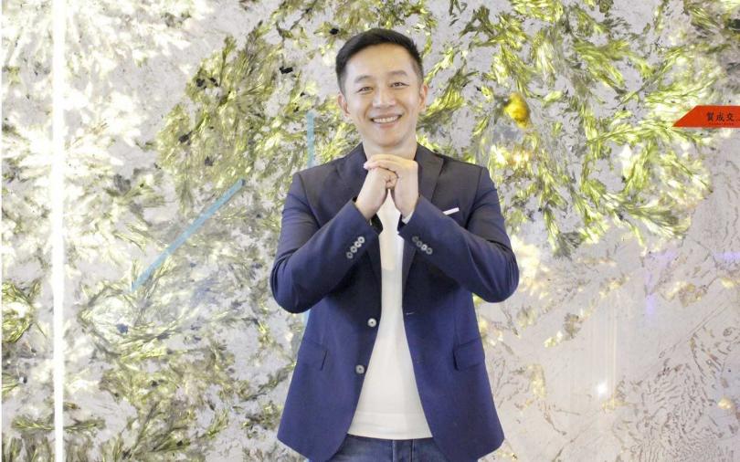 陳昭榮開談話性節目!首集挖到800萬大理石