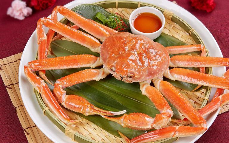 帶媽媽吃好一點!飯店美顏養生外帶套餐集合川粵風味 松葉蟹、掛爐烤鴨澎派上桌