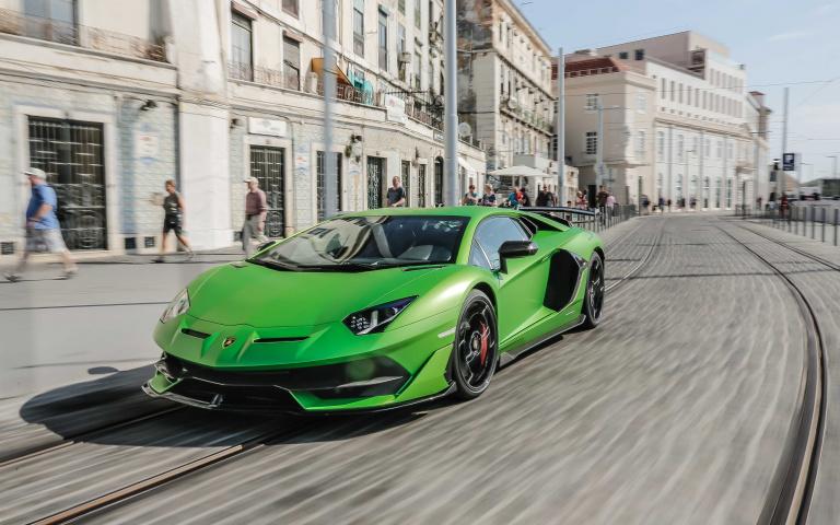 綠色地獄曾經的王者 蠻牛飆速 Lamborghini Aventador SVJ 激情至上!