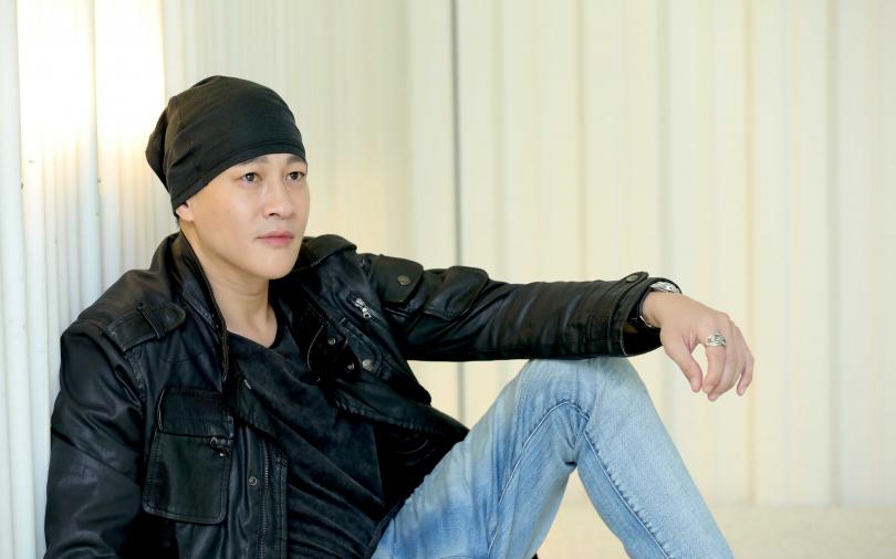 何潤東宣布「暫時放下演員身份」!籌資編導新戲:我把最貴的車都賣了