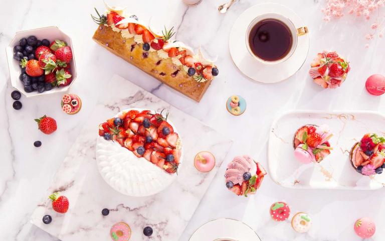 甜蜜的粉色幸福!草莓甜點、麵包、飲品 每一種都不想錯過