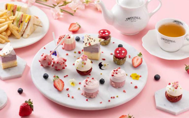 呼喚粉嫩少女心!超美翻的草莓主題下午茶、特調 相機先吃再說
