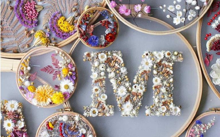 神級刺繡藝術家Olga Prinku,用乾燥花當作針線超夢幻!