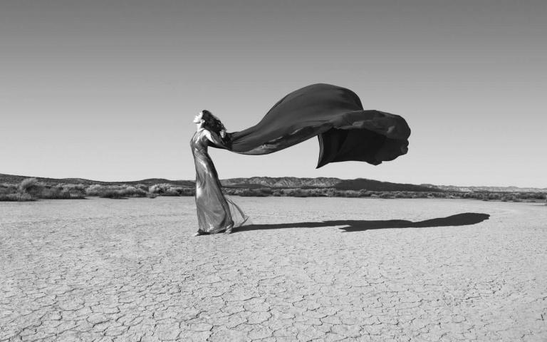 黑白世界中的神祕觀感!來自荷的攝影師Astrid Verhoef!