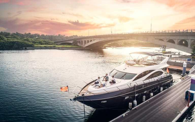 「海上勞斯萊斯」住一晚!台南五星酒店首推「海陸住宿」,免費入住豪華遊艇