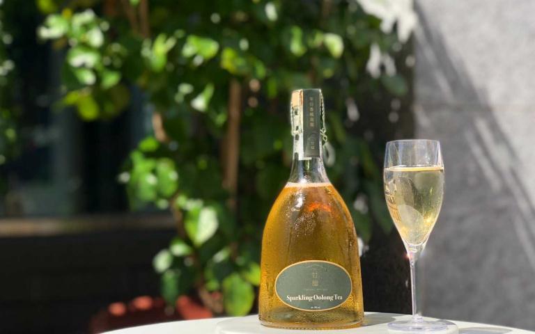 「甘馧」鉑金版香檳茶  帶你用視覺與觸覺體驗「茶醉」!