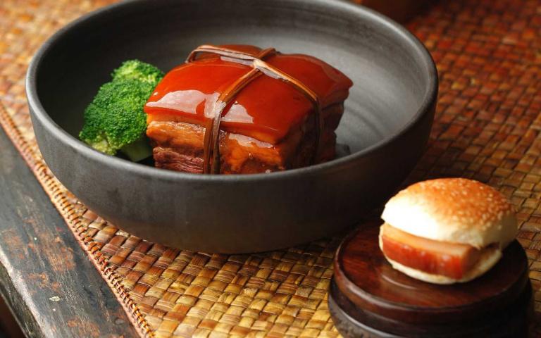 居家防疫、宅經濟當道!飯店、燒肉餐廳推線上商城 動動手指就能在家吃好料