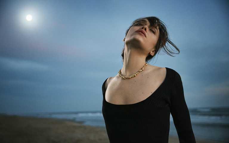 精采點亮每一天!喬治傑生「Moonlight Grapes月光葡萄」珠寶,金銀光輝刻劃女性日夜風情
