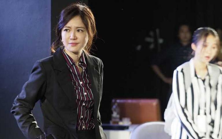 尹馨詮釋舞台版《與惡》宋喬安 赴新聞台實習