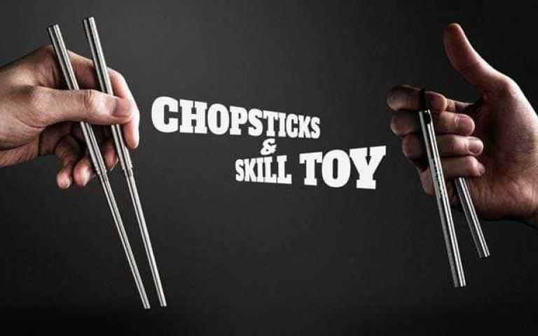 快使用「雙節筷」,哼哼哈兮!沒事拿來練武,吃飯就當作餐具超實用!