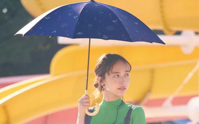 烈日下撐傘可以降溫5度!那麼隔絕紫外線效果最好的傘是?