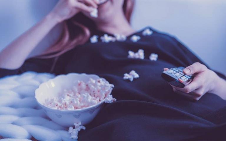 餓到睡不著?5種不發胖助眠「宵夜點心」放心吃