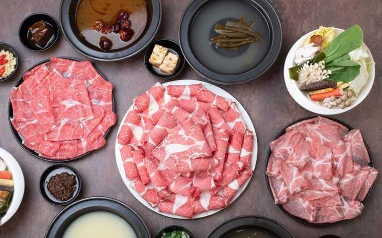 肉控快看!人氣火鍋40盎司大肉盤重磅登場,就像把吃到飽搬回家