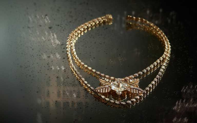 跟著香奈兒神遊水都!翼獅、船伕帽化身「Escale à Venise」頂級珠寶,情牽威尼斯流動魅力