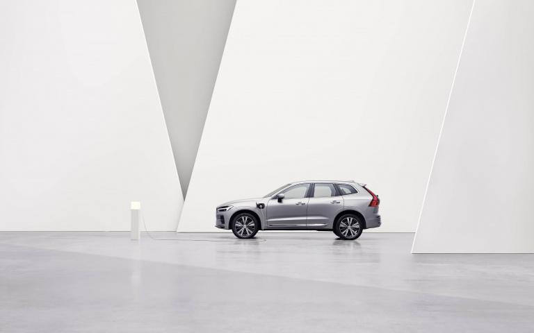 Volvo PHEV 動力科技再升級 純電續航力達 90 公里