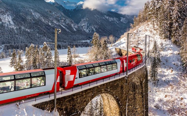 世界6大史詩級鐵道之旅,讓你穿梭在現實和夢境之間!