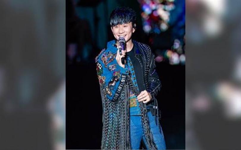 粉絲飛高空看演唱會2小時 林俊傑表演中途呼吸困難