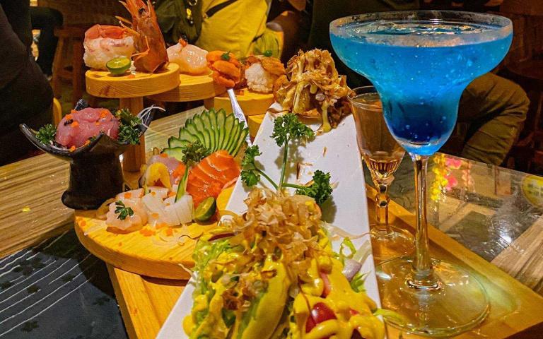 整桌海鮮料理只要599元!小周末夜晚就是要奢侈一下 在新竹半夜想吃蛋餅也沒問題(3)