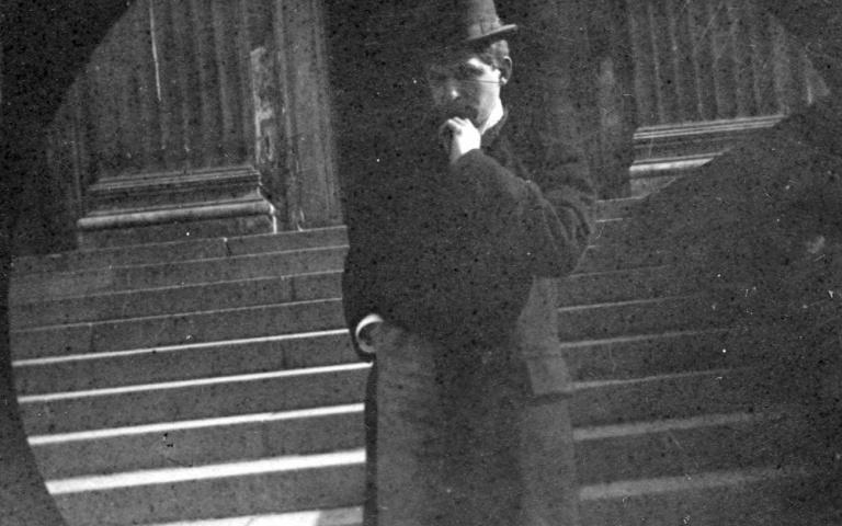 19世紀的「偷拍」為什麼這好好看啦?挪威科學家Carl Størmer根本拍上癮了!500多張照片曝光~