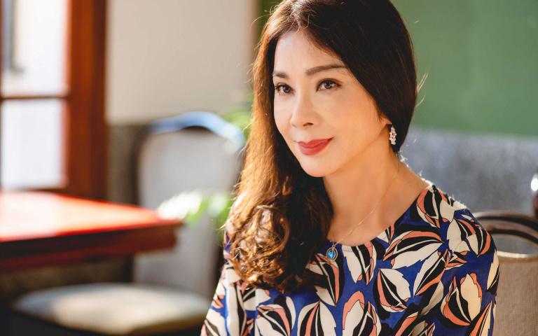 陳美鳳挑戰床戲「把自己交給導演」 夏靖庭讚:很到位